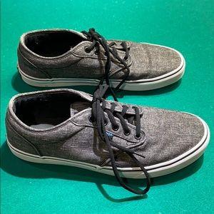 Men's Vans Brand Laced Tennis Shoes.